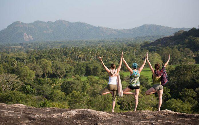 Sri Lanka hilltop yoga