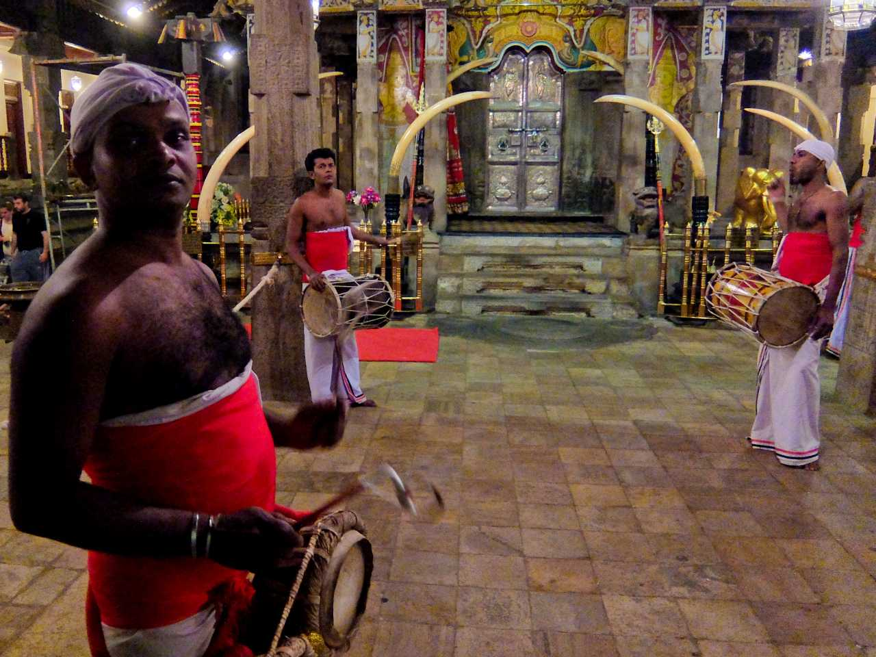 Sri Lanka road trip - Drummers at Temple of the Tooth, Kandy