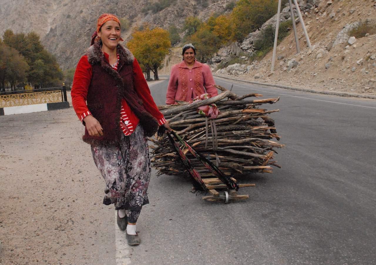 Tajikistan - Women collecting firewood