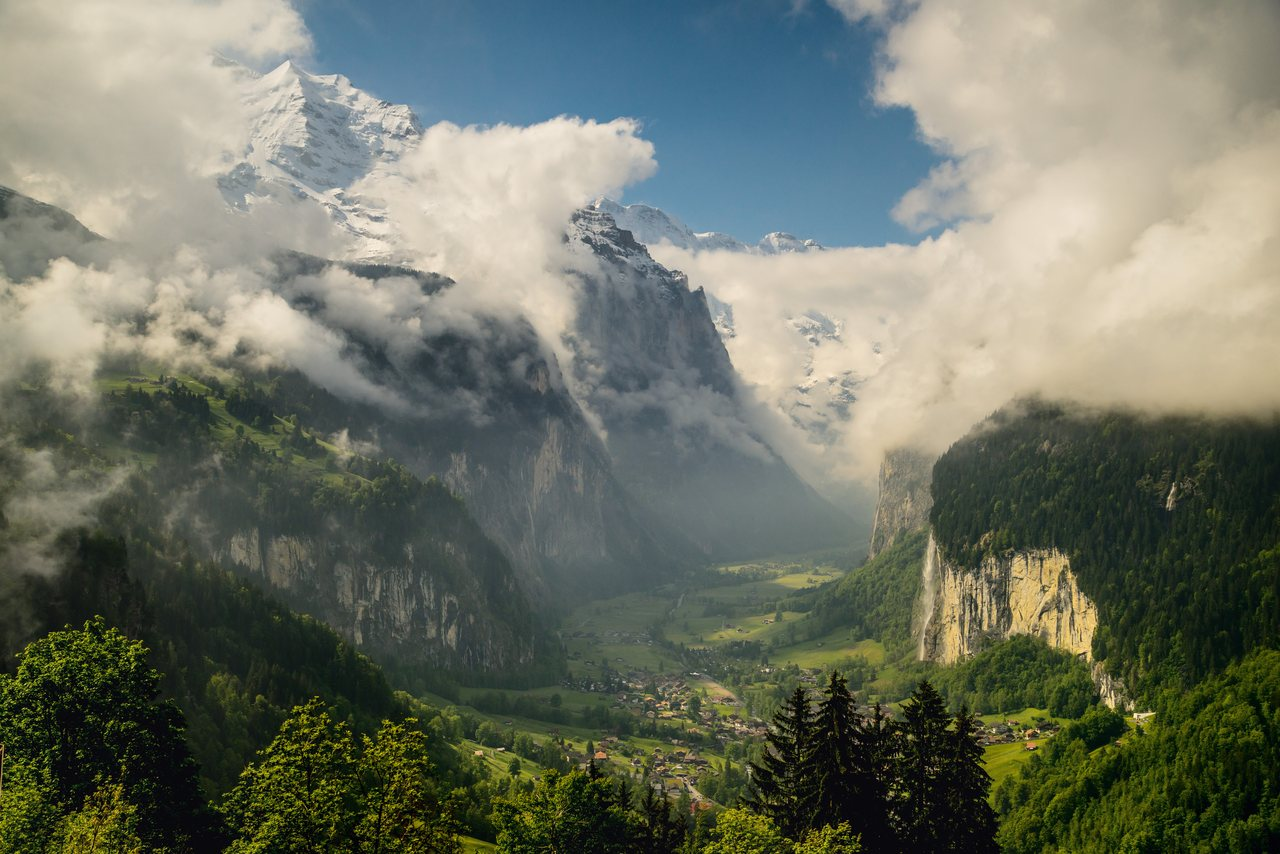 Lauterbrunnen is situated in one of the most impressive trough valleys of the Alps, between gigantic rockfaces and summits. On the right the Staubbach falls.c. Switzerland Tourism