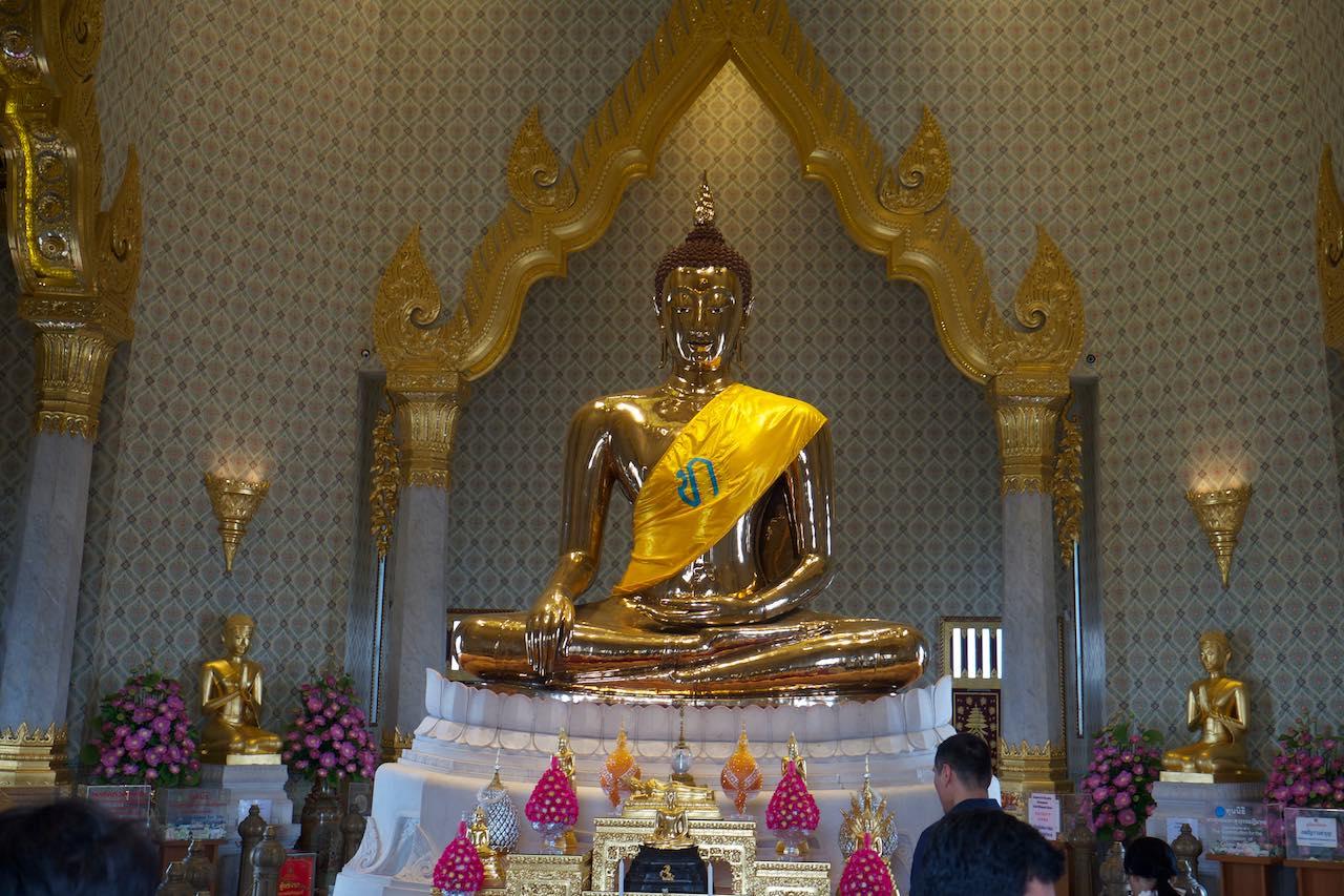 The solid gold Buddha at Wat Traimit Temple in Bangkok