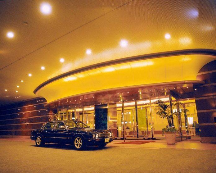 Tobu Hotel Levant Entrance