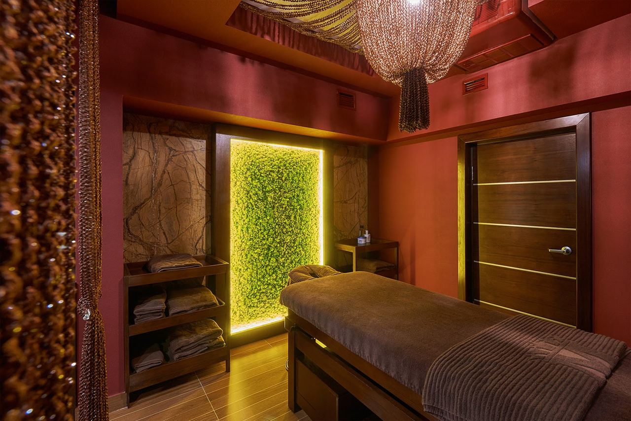 Grand M Hotel treatment room