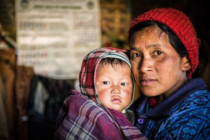 Myanmar - woman and child