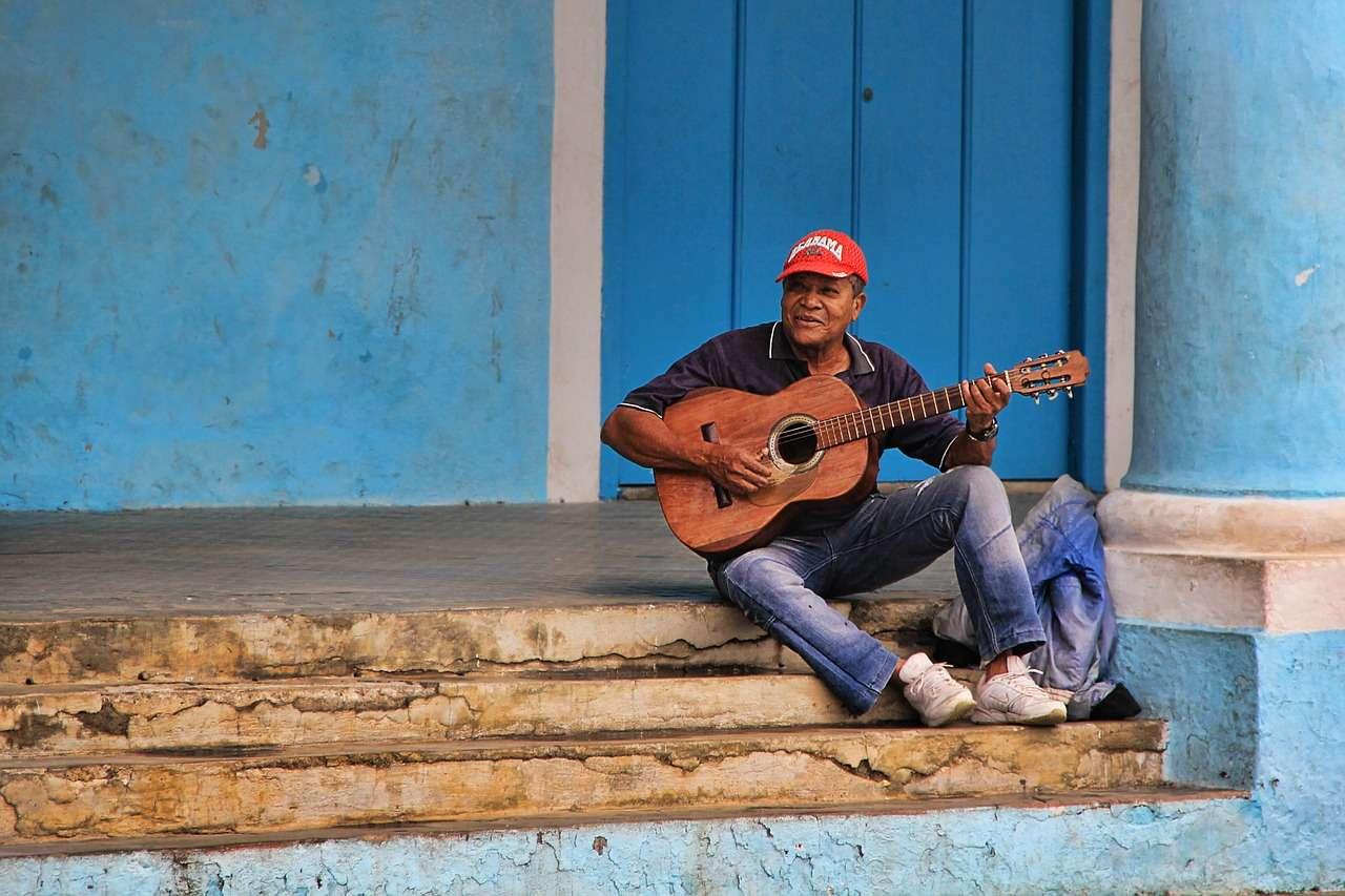 Cuba: musician