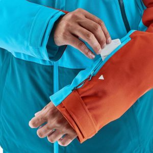 decathlon Free 700 jacket - ski pass pocket