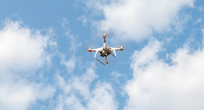 Drone - DJI Phanto Pro 4
