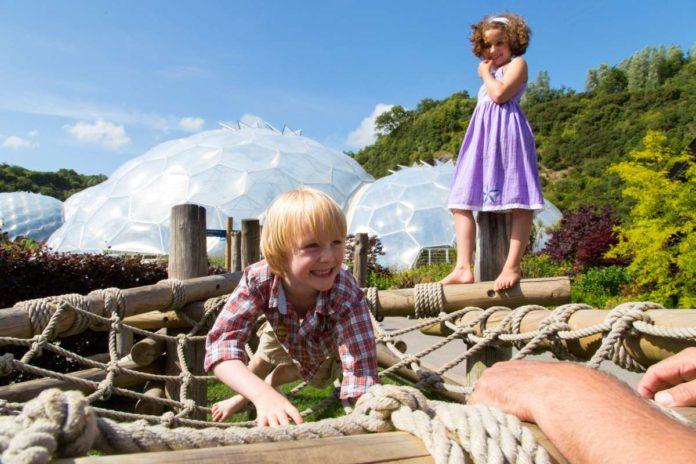 Eden Project: children climbing on the nest