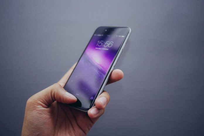 Smart phone users can get savvy with their apps