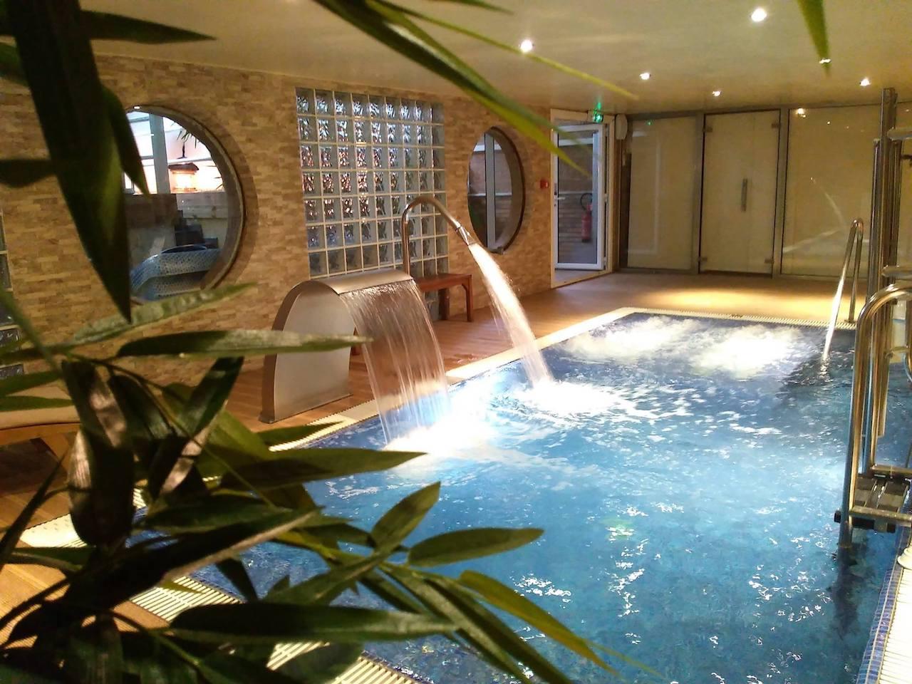 la lune de mougins - spa pool