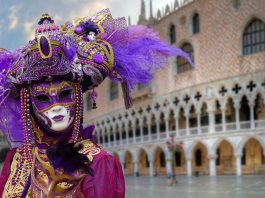 Venice Carnival closes early due reduce the spread of coronavirus