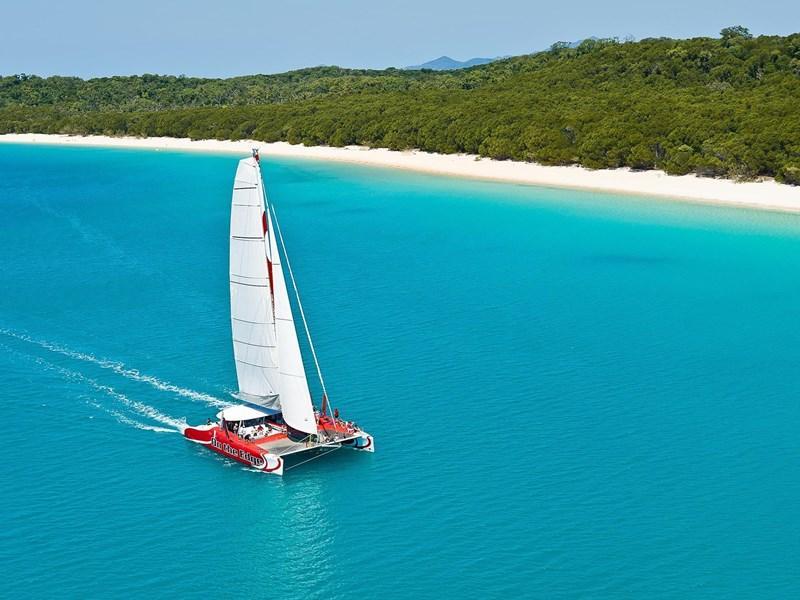 Exciting catamaran tour around Hamilton Island