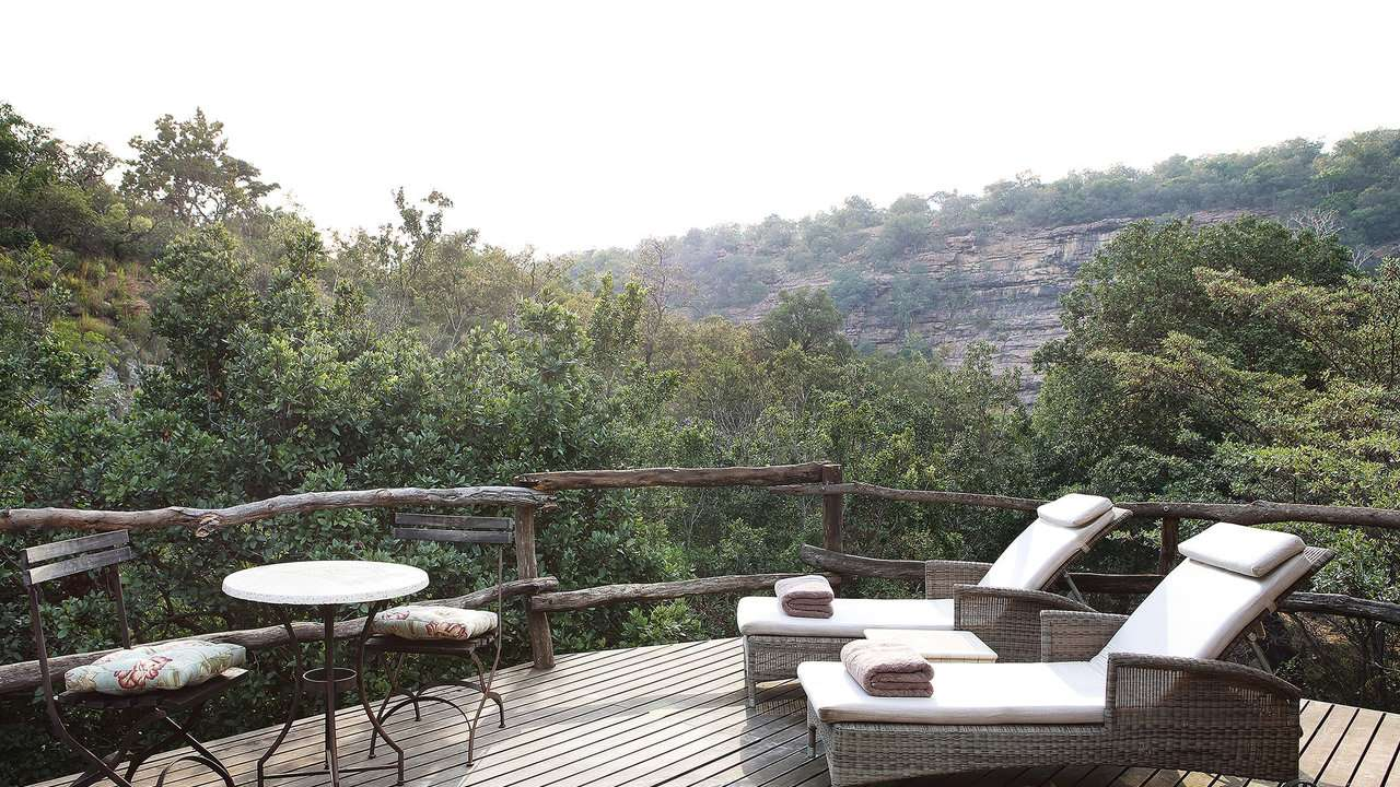 South Africa: Zulu Camp Shambala: spa deck